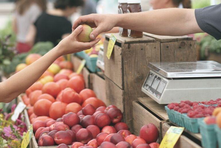 kako povećati prodaju proizvoda na tržnici - prodaja jabuka